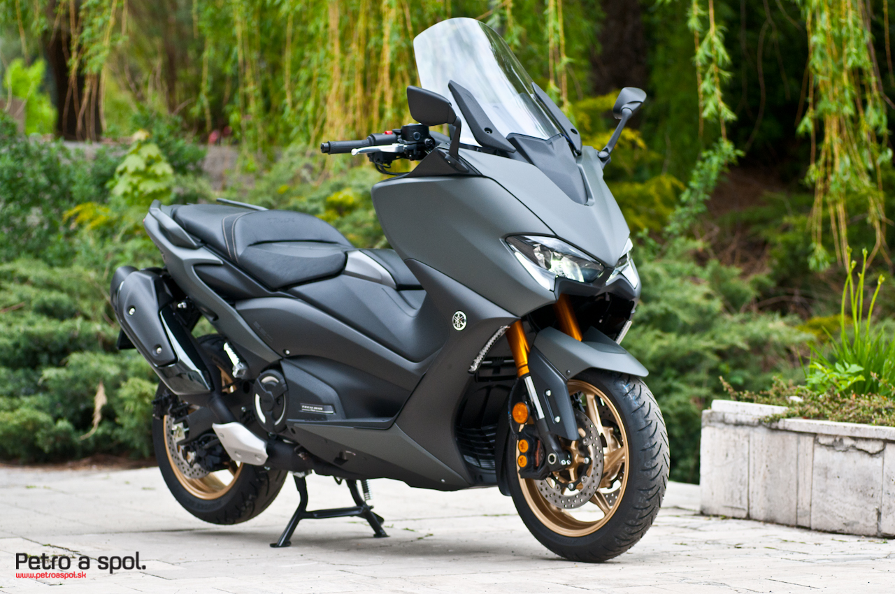 Yamaha TMAX DX Tech MAX DEMO